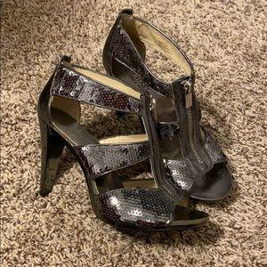 Michael Kors MK Sequin Zip Up Heels Silver / Gray